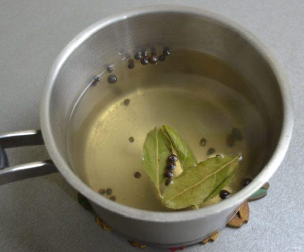 Малосольная селедка в банке - пошаговый рецепт с фото на ...