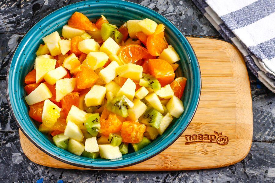 Фруктовый салат с медом