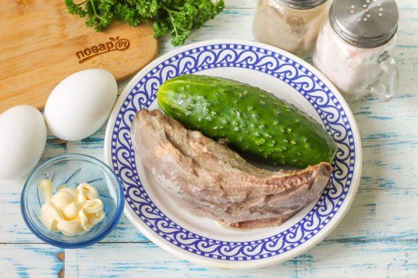 Салат из свиного языка с огурцом - пошаговый рецепт с фото ...