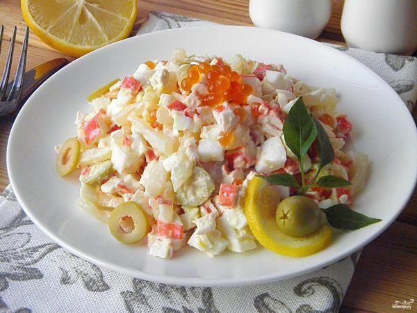 Салат с кальмарами самый вкусный - пошаговый рецепт с фото ...