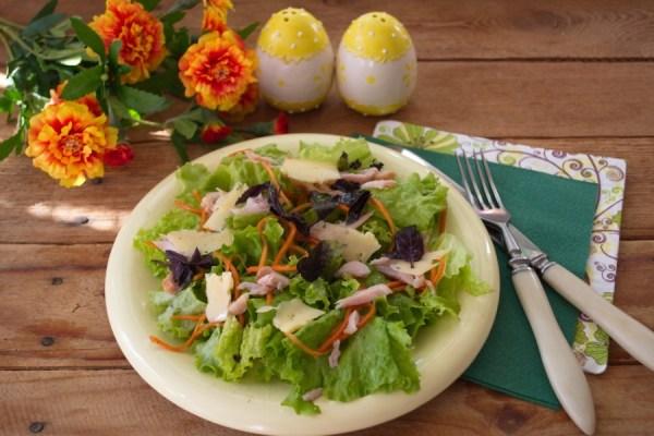 Салат с копченой курицей и корейской морковкой - пошаговый ...