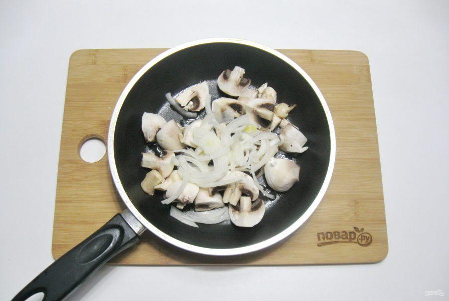 """Салат """"Жареные грибы"""""""