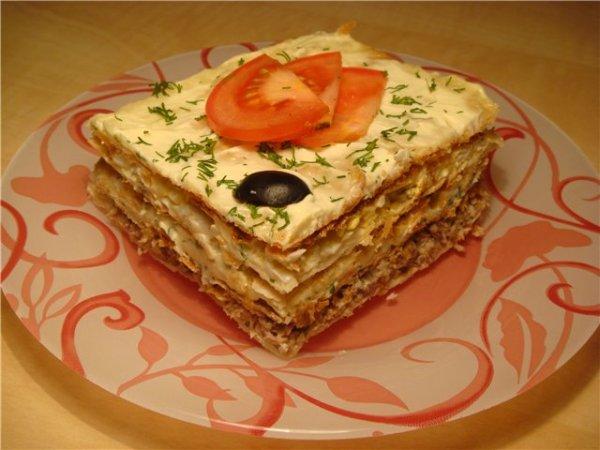 Слоеный пирог с рыбной консервой - пошаговый рецепт с фото ...