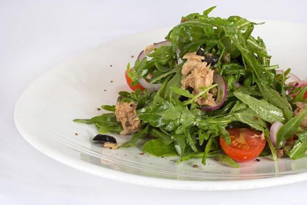 Салат из рукколы с тунцом - рецепт с фото на Повар.ру