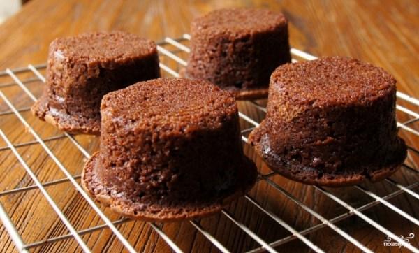Шоколадные кексы с вишней - пошаговый рецепт с фото на ...