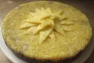 Тортты ананас кесектері бар