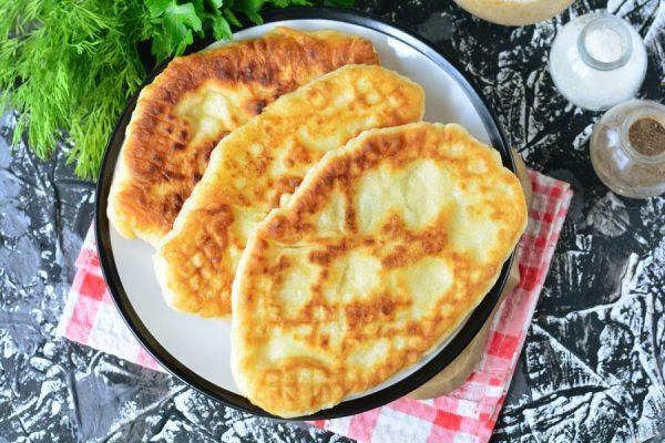 """Пирожки """"Лапти"""" с картошкой - пошаговый рецепт с фото на ..."""