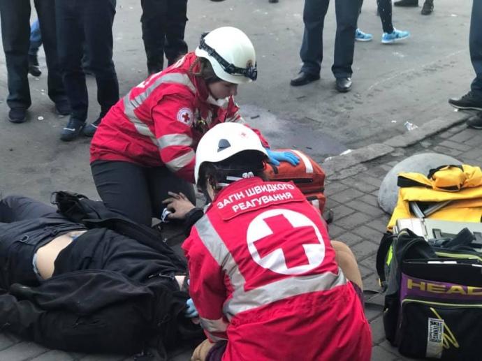 Під ВР затримано 26 учасників акції, на Інституцькій помер чоловік