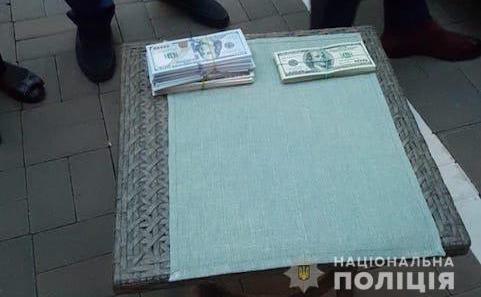 У Києві поліція затримала голову Громадської ради при ГУ ДФС за вимагання хабара