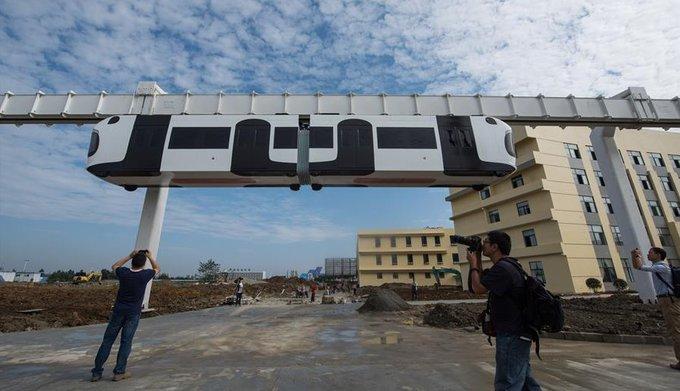 Китай тестирует сверхновый подвесной поезд. Китай тестирует сверхновый подвесной поезд