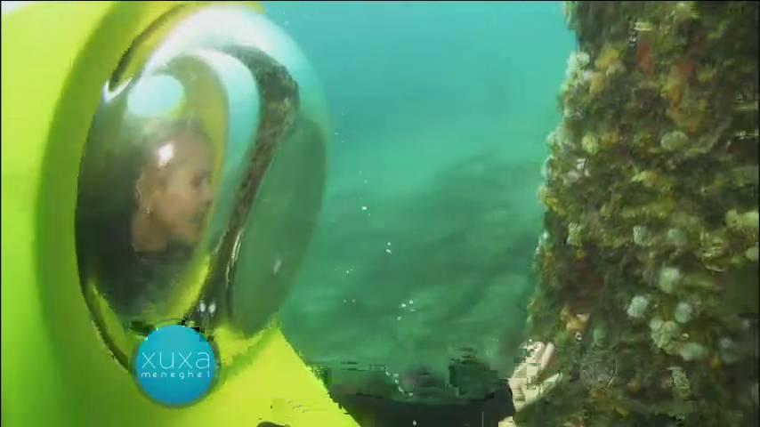 Xuxa também fez um mergulho com um submarino especial e viu de perto a beleza submarina de Curaçao> Acesse o R7 Play e assista na íntegra a todos os programas da Record! Clique e experimente!