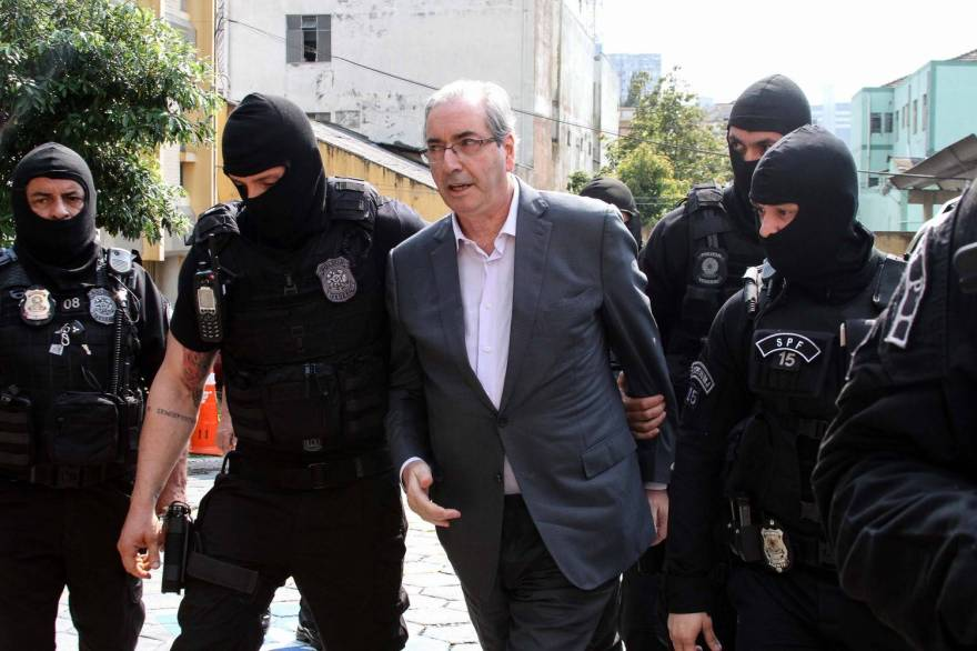Após mais de 2 anos e meio preso em Curitiba, Cunha é transferido para o Rio