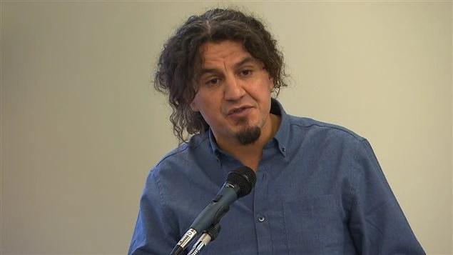 Le poète et homme de théâtre Karim Akouche
