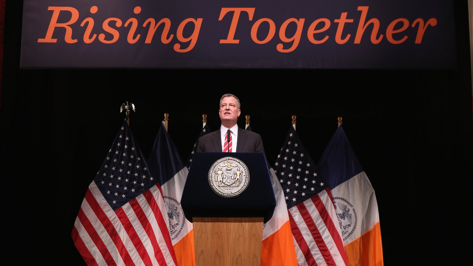 New York To Issue Undocumented Immigrant Papers