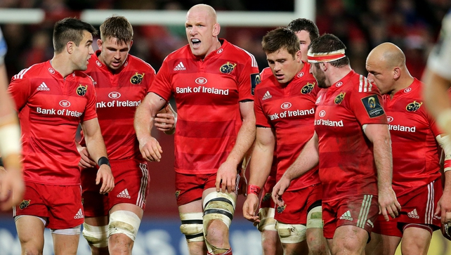 Conor Murray and the Munster pack during Munster's defeat to Clermont