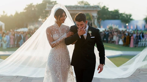 Nick Jonas Priyanka Chopra Recall Magical Wedding