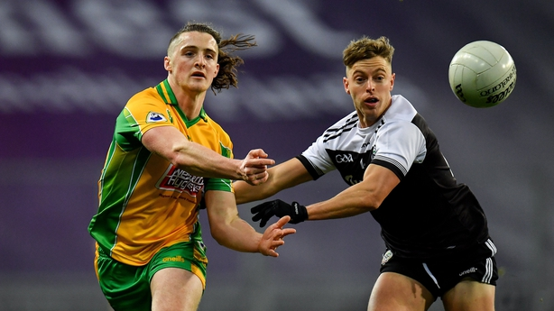 Corofin's tunnel vision points the way 00136990 614
