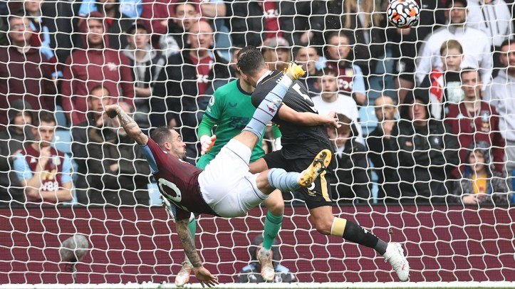 No stranger to a worldie, Danny Ings' illustrious overhead kick against Newcastle has reignited discussion over his international availability | Premier League Review Matchday 2