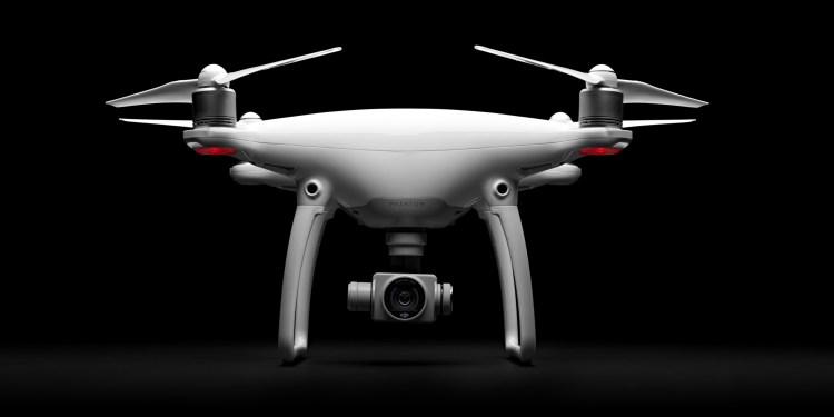 續航力大提升 大疆DJI Phantom 4 空拍機 支援自動避障功能、指點飛行