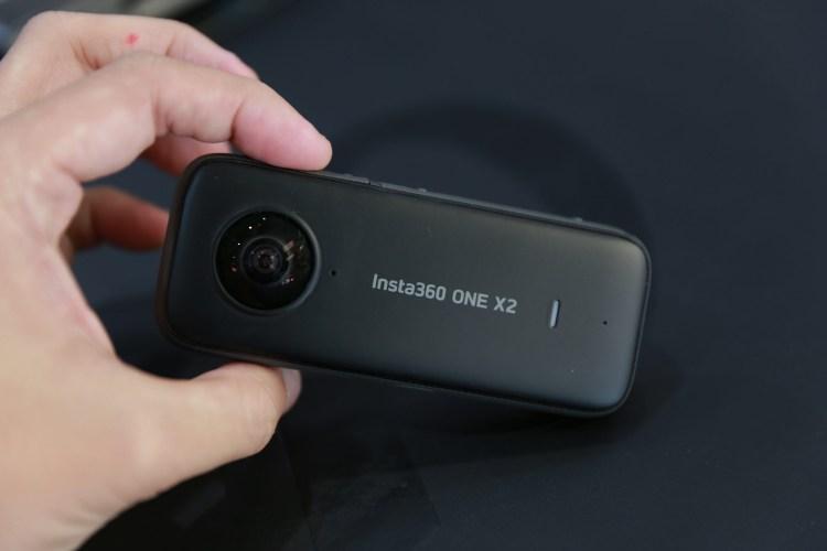 有感提升! Insta360 One X 2 全景相機 開箱體驗 口袋全景相機
