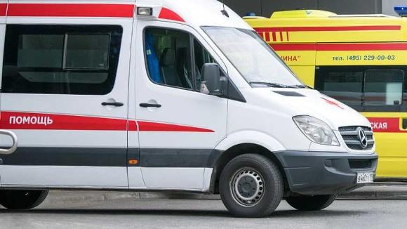 Автобус и ВАЗ столкнулись в Москве: двое человек погибли ...