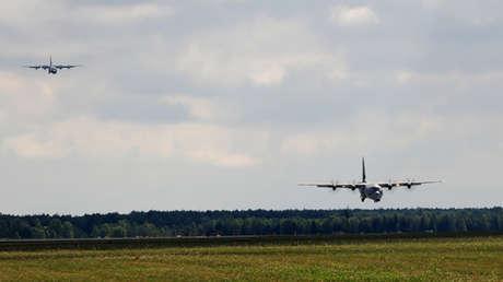 Dos aviones C-130J Super Hercules en la Base Aérea de Powidz (Polonia), el 14 de agosto de 2014.