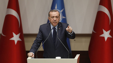 Turkish President Tayyip Erdogan makes a speech at the ruling AK Party's headquarters in Ankara, Turkey, May 2, 2017. ©Umit Bektas