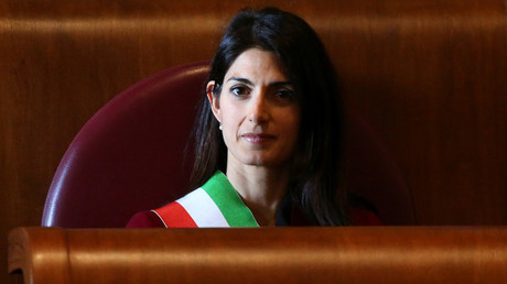 'Impossible & risky to take in more migrants' – Rome mayor
