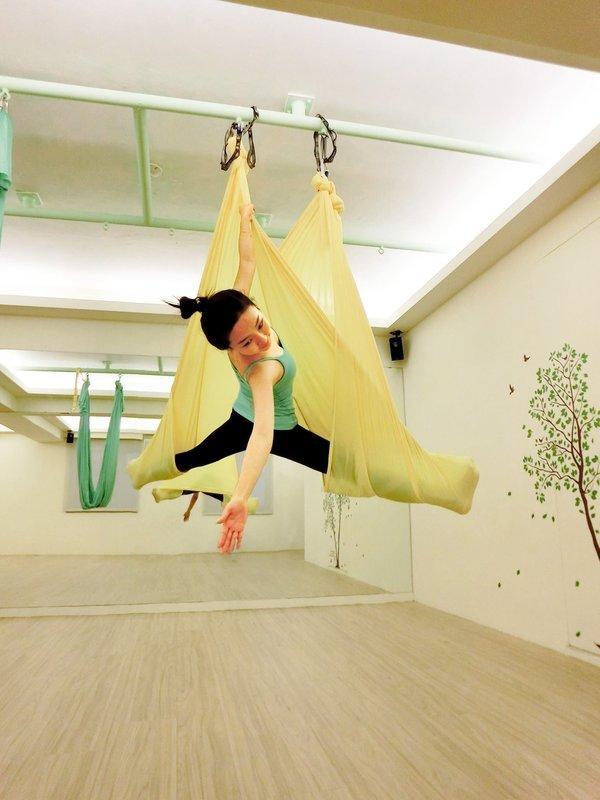 桃園瑜珈《INNER.S YOGA印心瑜伽壹號館》空中瑜珈一堂399元 - 露天拍賣