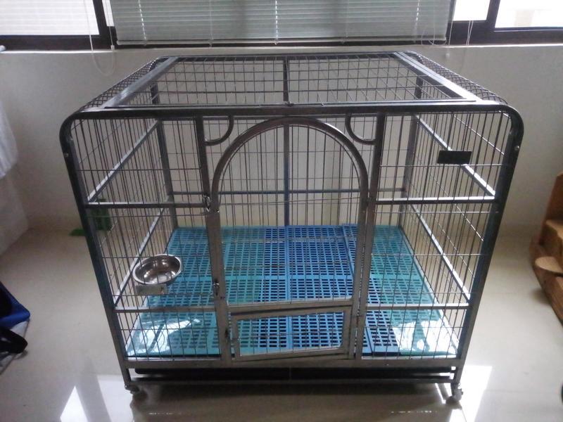 二手超大耐重可掀頂狗籠,適合大型犬 126x94x111.5cm   露天拍賣