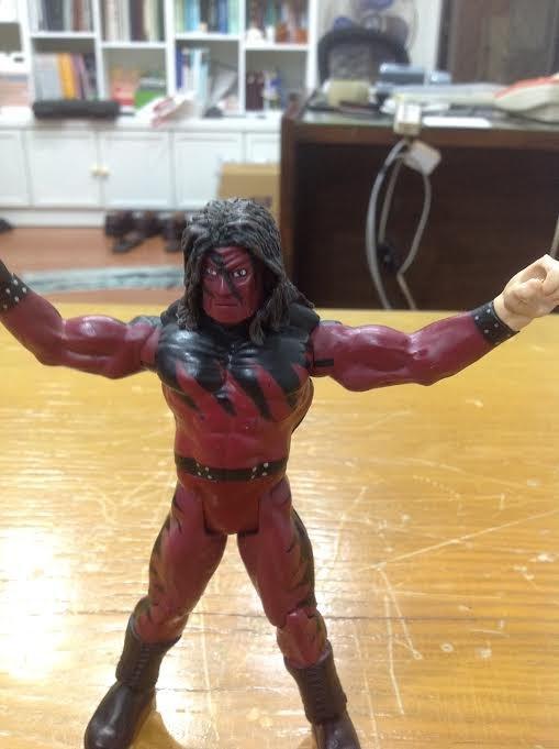 WWE公仔!!初版大紅色殺人機器面具版Kane中古美品!! - 露天拍賣