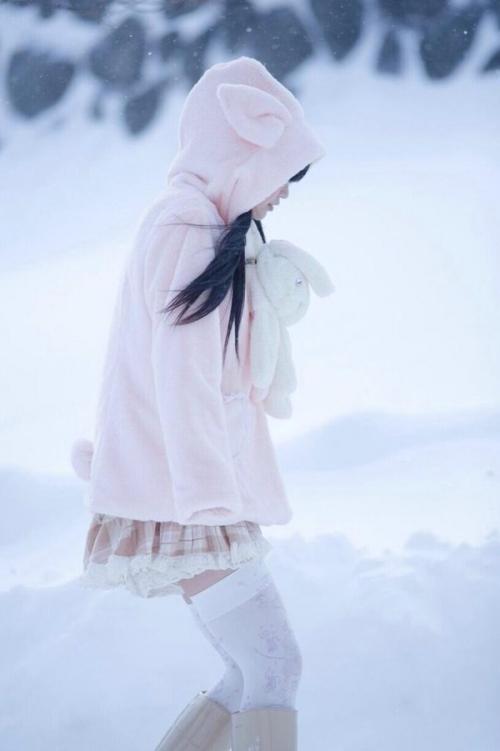 【三次】地上に舞い降りた天使としか思えないコスプレイヤー・五木あきらちゃんの自画撮り等セクシー画像(80枚)・19枚目