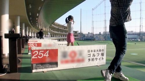 【三次】ゴルフ練習場で一人でよく練習している巨乳の女の子(20)をナンパ成功!ホテルに連れ込み肉棒スイングで打ちっぱなしを楽しんだハメ撮りエロ画像・1枚目