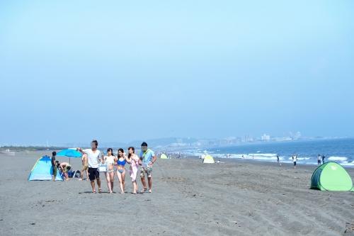 【三次】夏だ!海だ!湘南海岸を歩く誘っているかのような水着姿の女の子達をナンパして気が済むまでヤリまくったエロ画像・28枚目