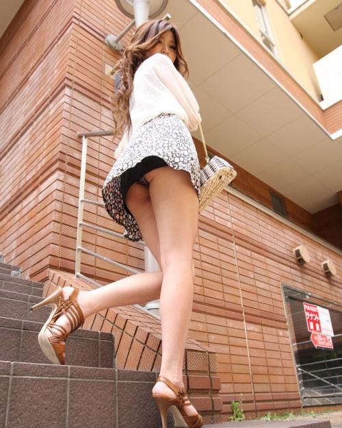 【三次】パンツ見えてる女の子のエロ画像part2・22枚目