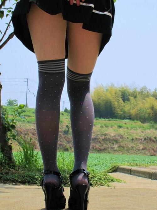 【三次】ニーソ履いてる女の子の太ももエロ画像part3・25枚目