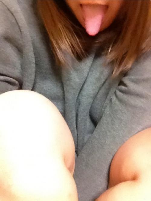 【三次】舌を出してる女の子のエロ画像・29枚目