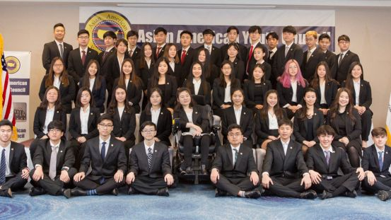 '한복의 날'을 이끄는 한국 고등학생, 마지막 순간의 분노 중국
