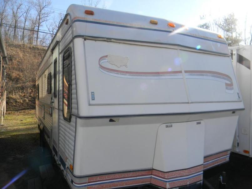 1983 Holiday Rambler Travel Trailer