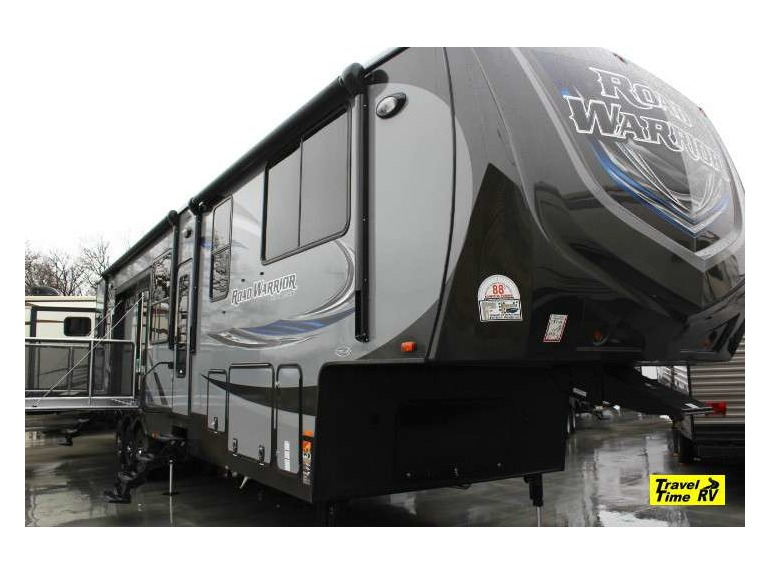 2015 Warrior Road Hauler Toy