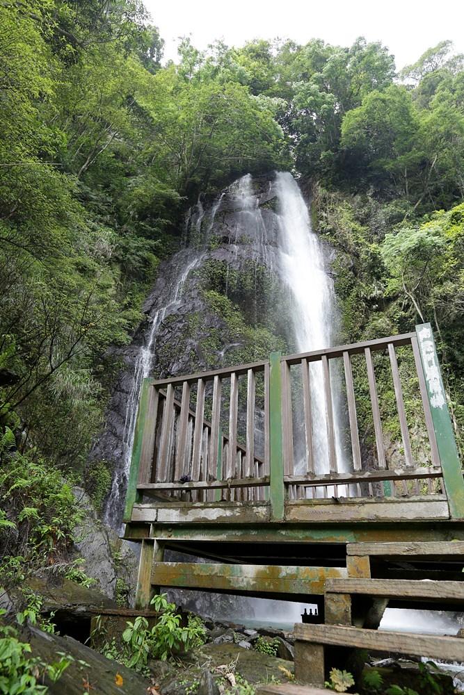 觀音瀑布 埔里推薦景點 離公路最近的瀑布 中部避暑景點 - 雪倫情報局