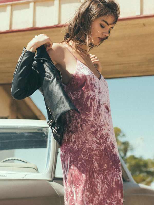 Prendas Terciopelo Tendencia 2017 look outfit mini vestido rosa