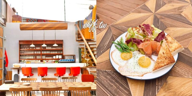 潮牌服飾店轉戰咖啡廳,新莊夢幻鐵皮屋POOLPOOL早午餐,IG打卡拍照咖啡廳。