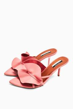 Ruffle Pink V Point Mules