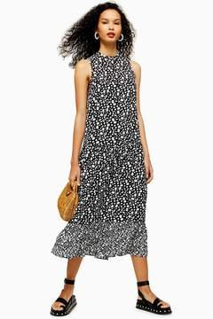 Sleeveless dress in momochrome