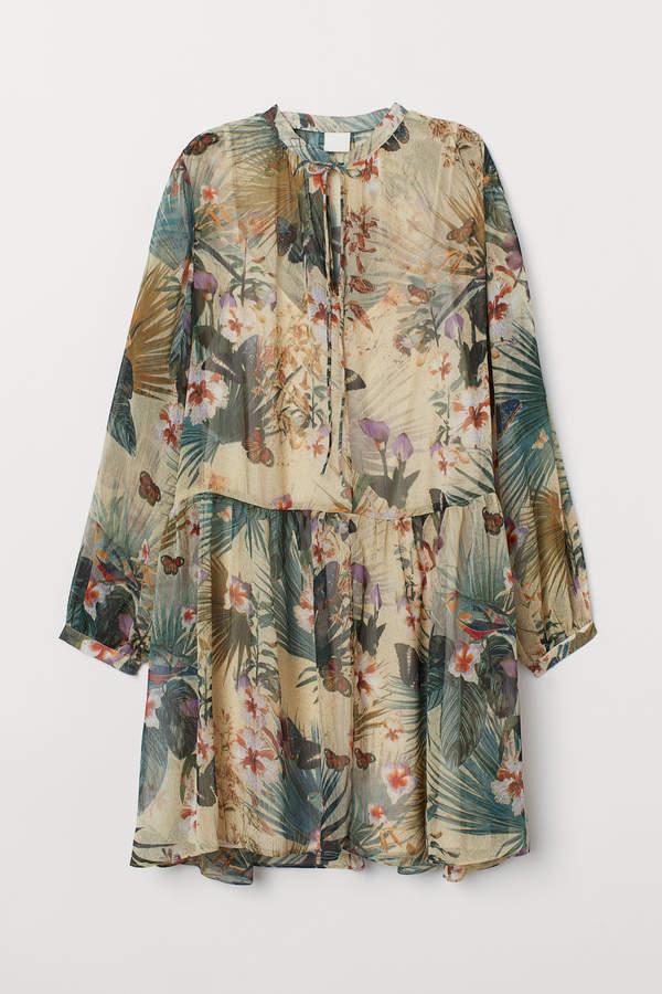 H&M Wide chiffon dress