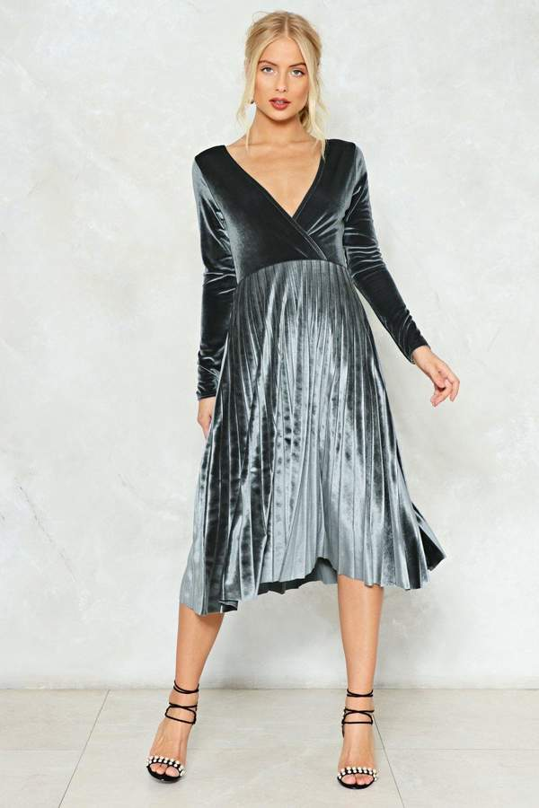 Nasty Gal Behind Their Back Velvet Dress