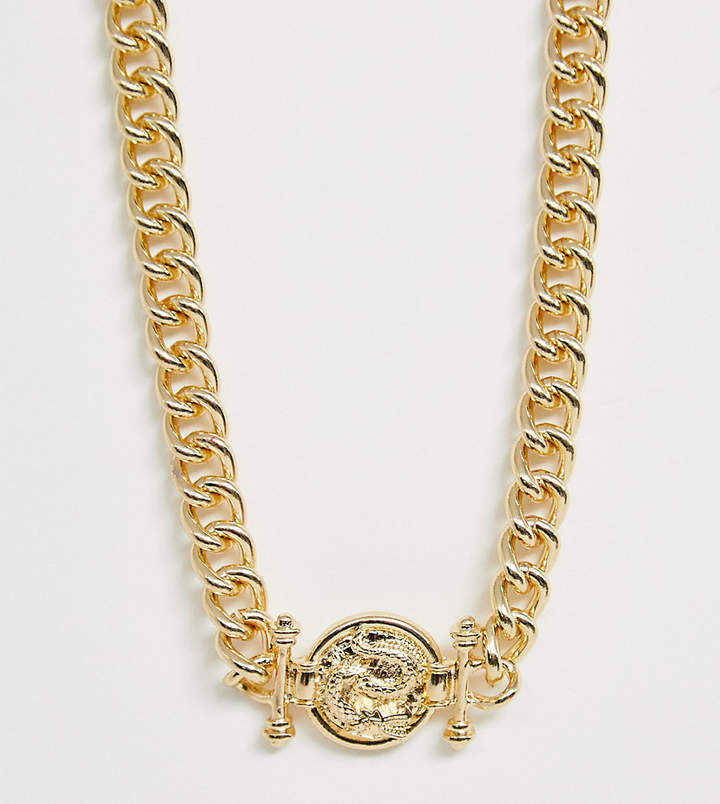 Reclaimed Vintage chain necklace with medallion style pendant