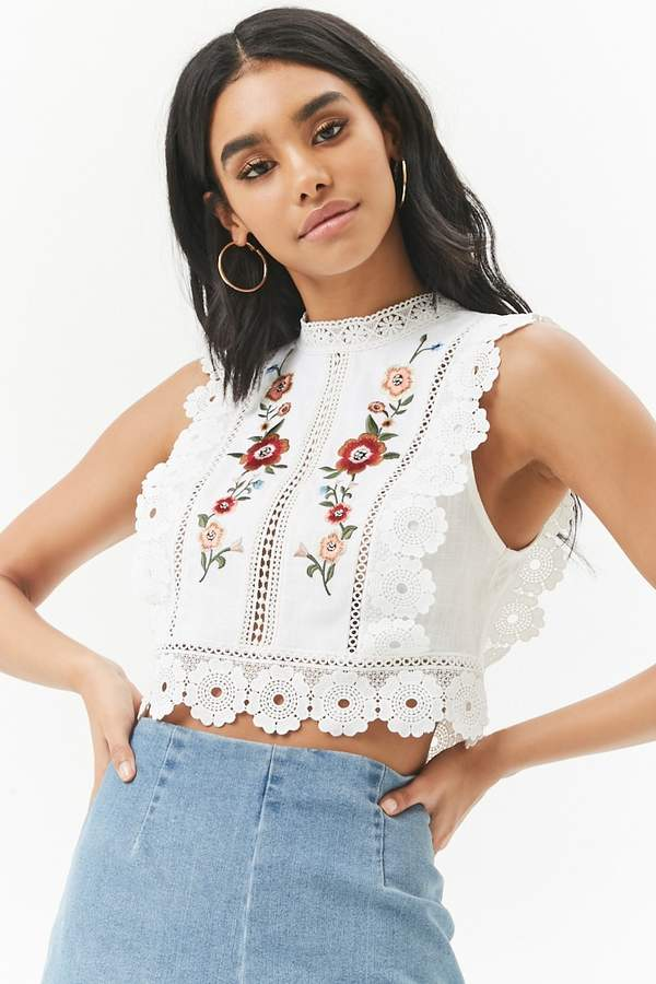 Forever 21 Linen-Blend Floral Embroidered Lace-Trim Crop Top