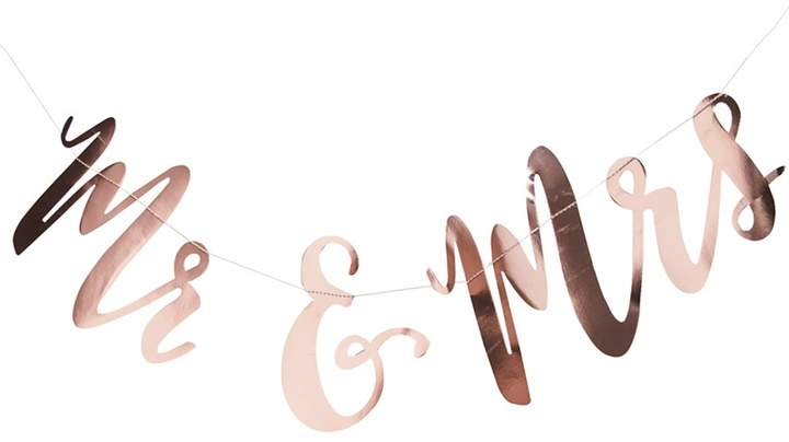 Ginger Ray - Rose Gold 'Mr And Mrs' Backdrop Hanging